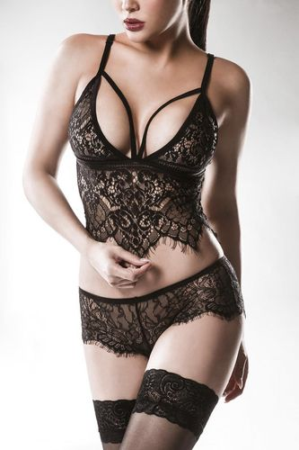 2-pieces Lingerie Set made of Lace